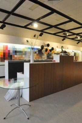 Commercial Office & Showroom